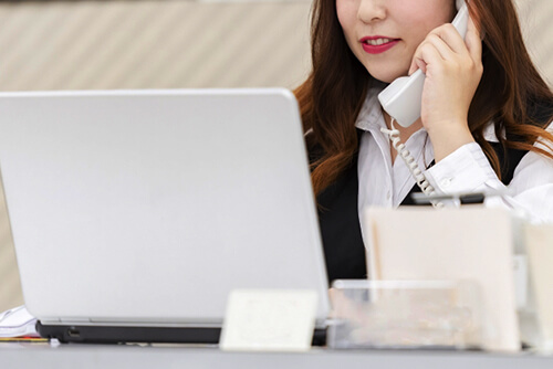 オンライン英会話の電話サポート